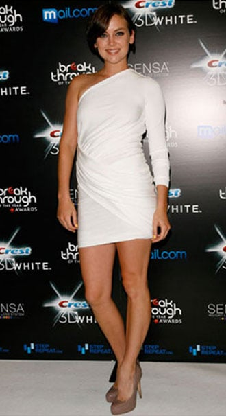 Jessica Stroup teamed her Brian Atwood pumps with a body con all white number to great effect.