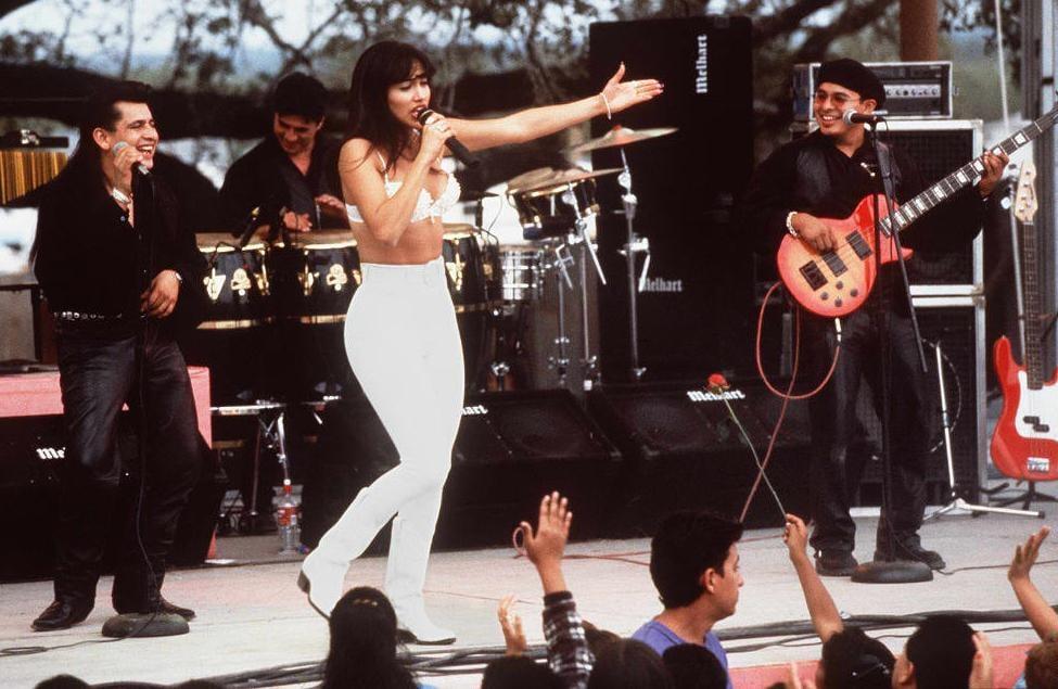 Did Jennifer Lopez Sing In The Selena Movie Popsugar Latina