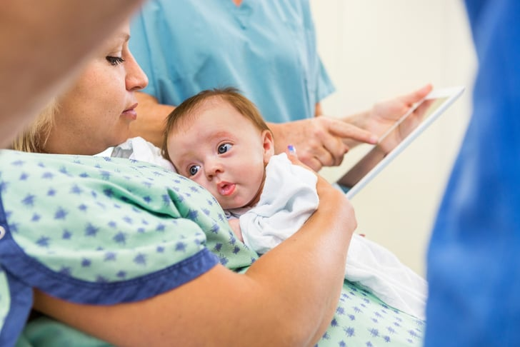 10 Things Only New Parents (and Parents-to-Be) Can Do on Social Media