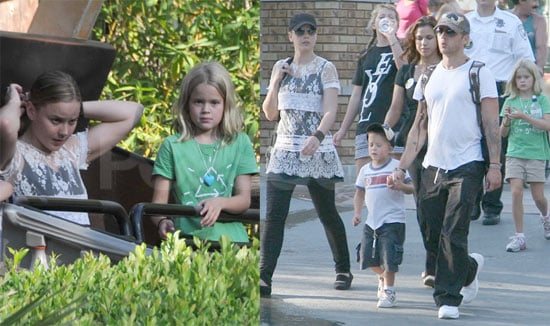 Photos of Ryan Phillippe and Abbie Cornish at Magic Mountain With Ava and Deacon