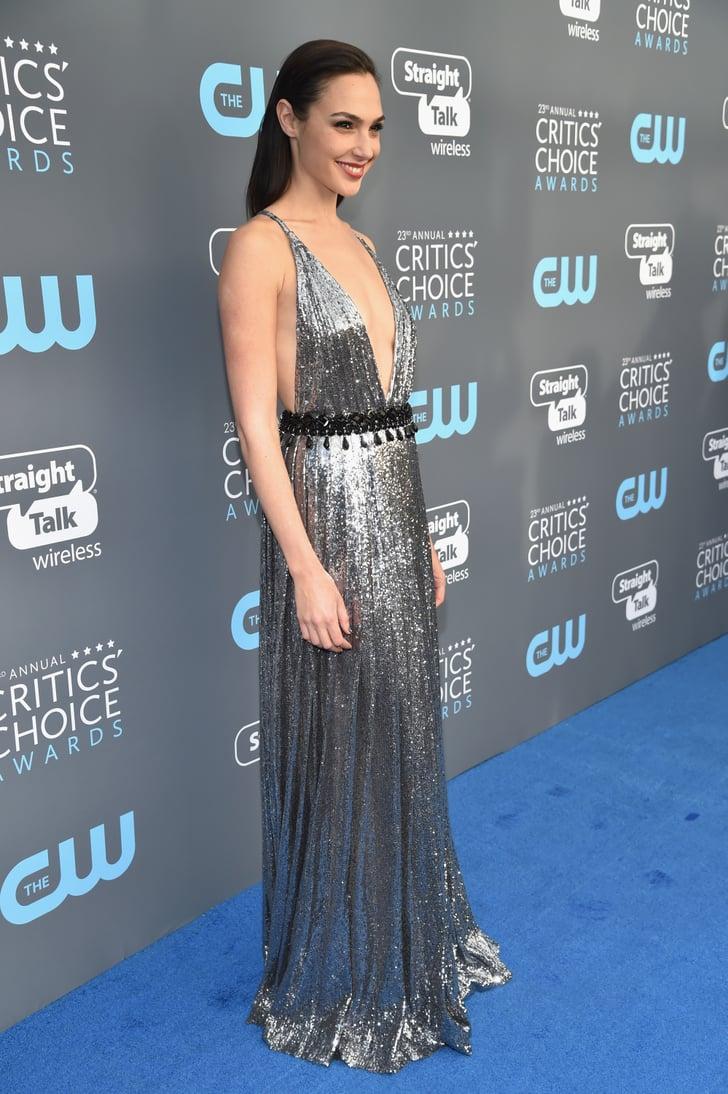 Gal Gadot S Dress At The 2018 Critics Choice Awards
