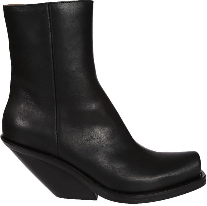 Vetements Zipped Boots