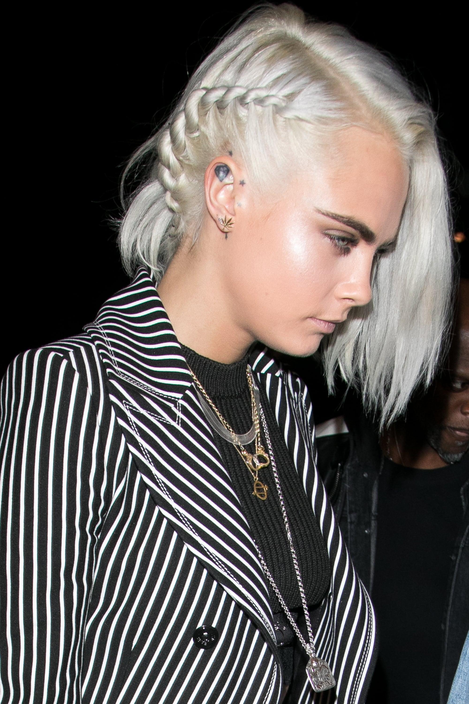 Cara Delevingne Silver Hair 2017 Popsugar Beauty