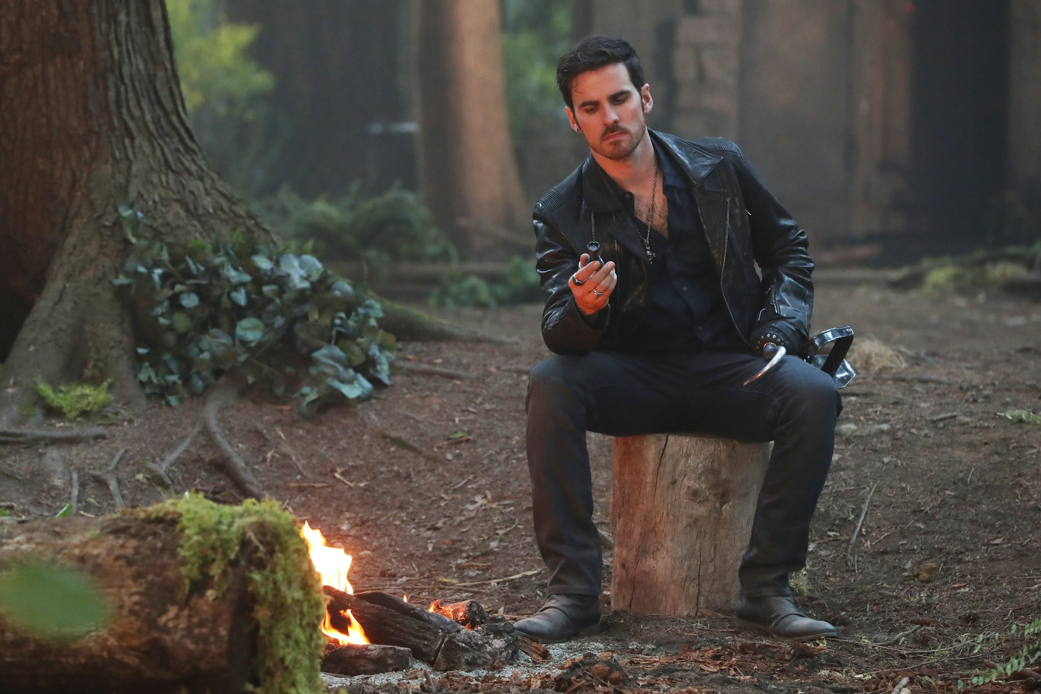 whos dating who once upon a time Welcome back, oncers it's been nearly three full months since our last scoop-packed once upon a time article and we know that you have been going through some serious spellbinding withdrawals.