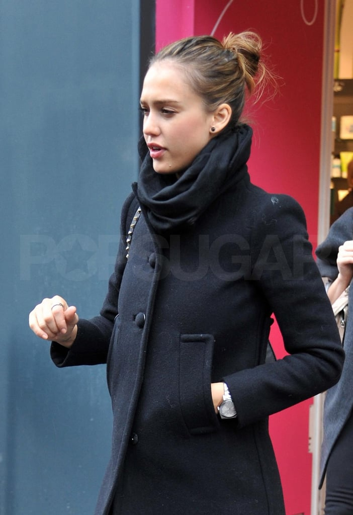Jessica Alba Pushes Through Jet Lag and Finds Her Second Wind to Shop