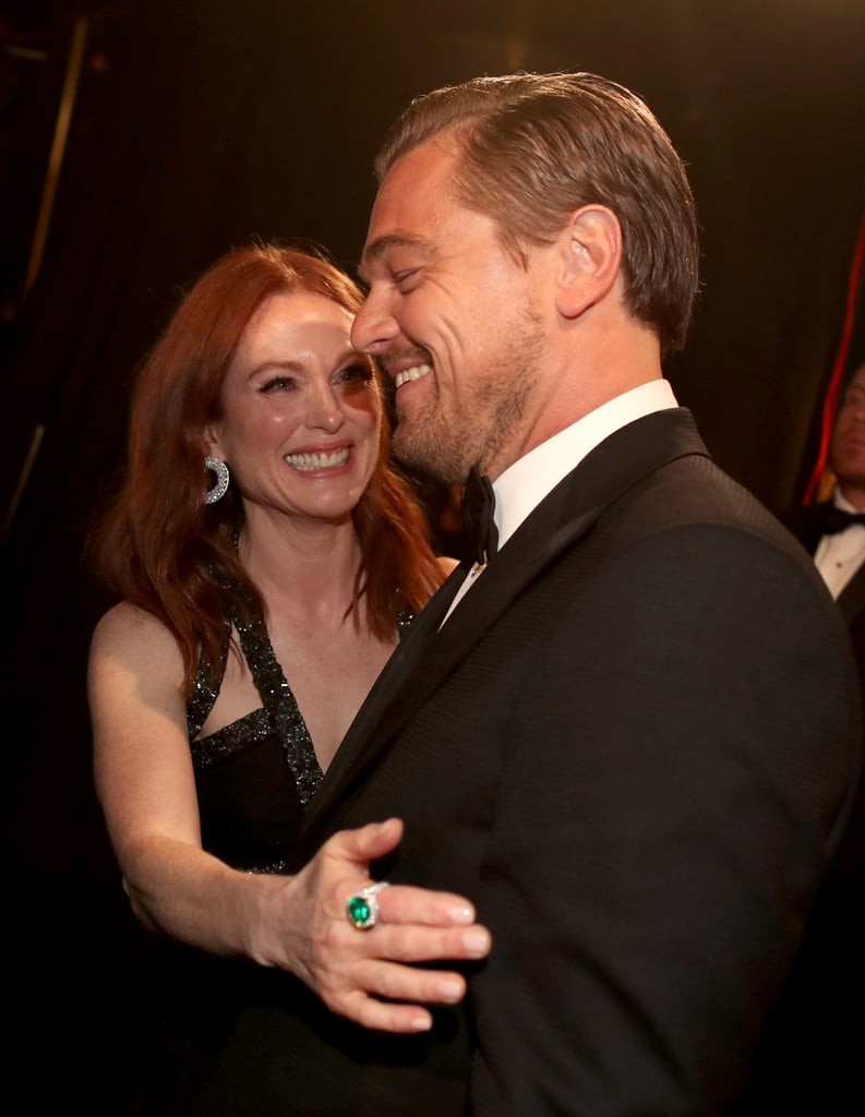 Leo got even more love from Julianne Moore backstage after his big win.