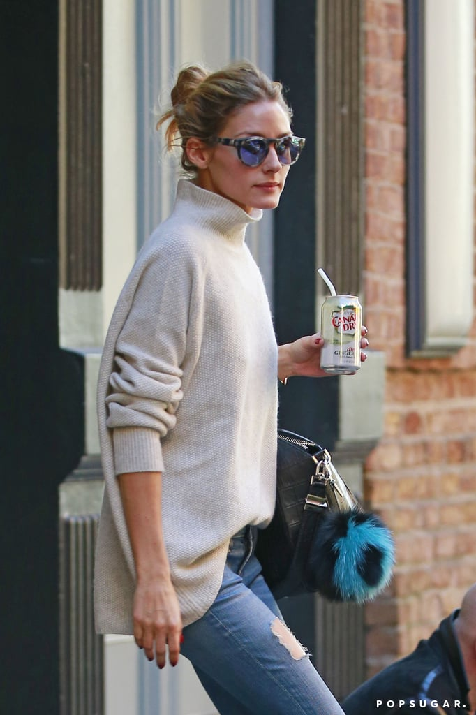 76c0a6632e2 Olivia Palermo Wearing a Turtleneck and Jeans