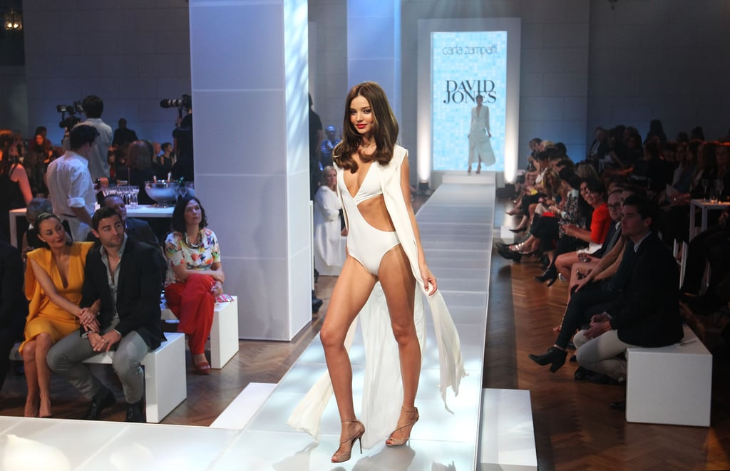Miranda Kerr posed at the end of the runway.