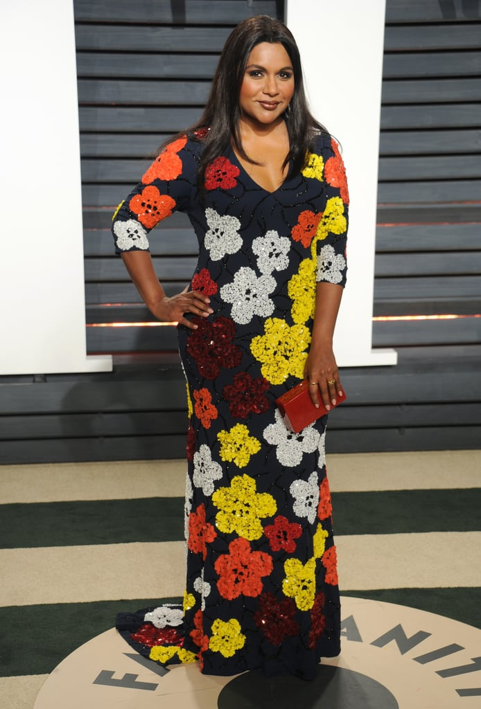 For the 2017 Vanity Fair Oscars afterparty, Mindy made a bright statement in Naeem Khan. She completed her look with an Edie Parker clutch and Jennifer Meyer jewels.