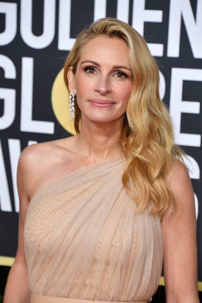 Julia Roberts Outfit At The 2019 Golden Globes Popsugar Fashion