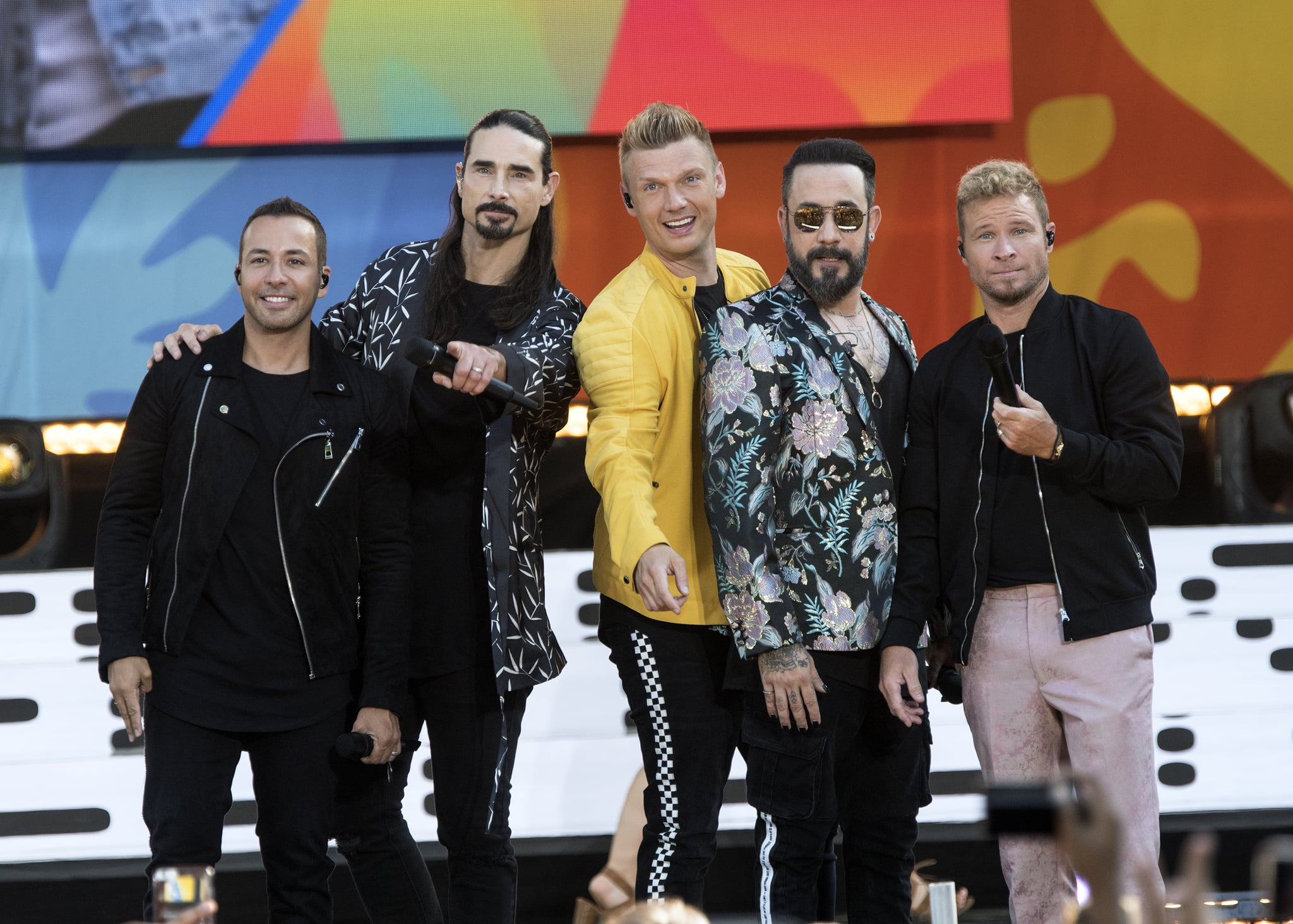 NEW YORK, NY - JULY 13:  (L-R) Howie D, Kevin Richardson, Nick Carter, AJ McLean and Brian Littrell of the Backstreet Boys perform live on ABC's