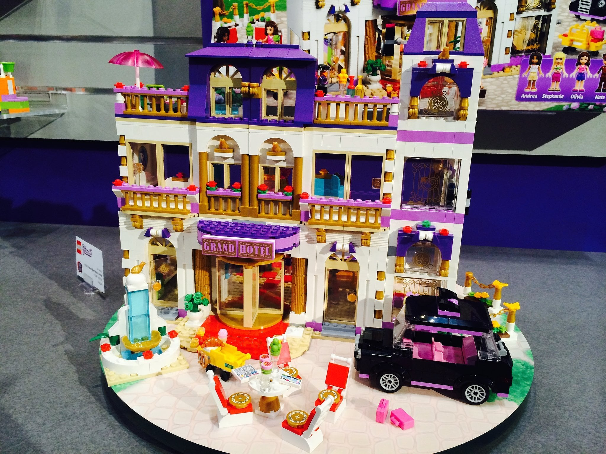 Check out information on The LEGO Friends Heartlake Grand Hotel Building Set, including links to instructional videos, building instructions, product and customer reviews & how and where to go to buy this popular Lego Friends Building Set at Amazon.