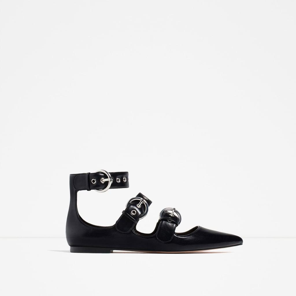 حذاء زارا الزحف المحزّم ($60)