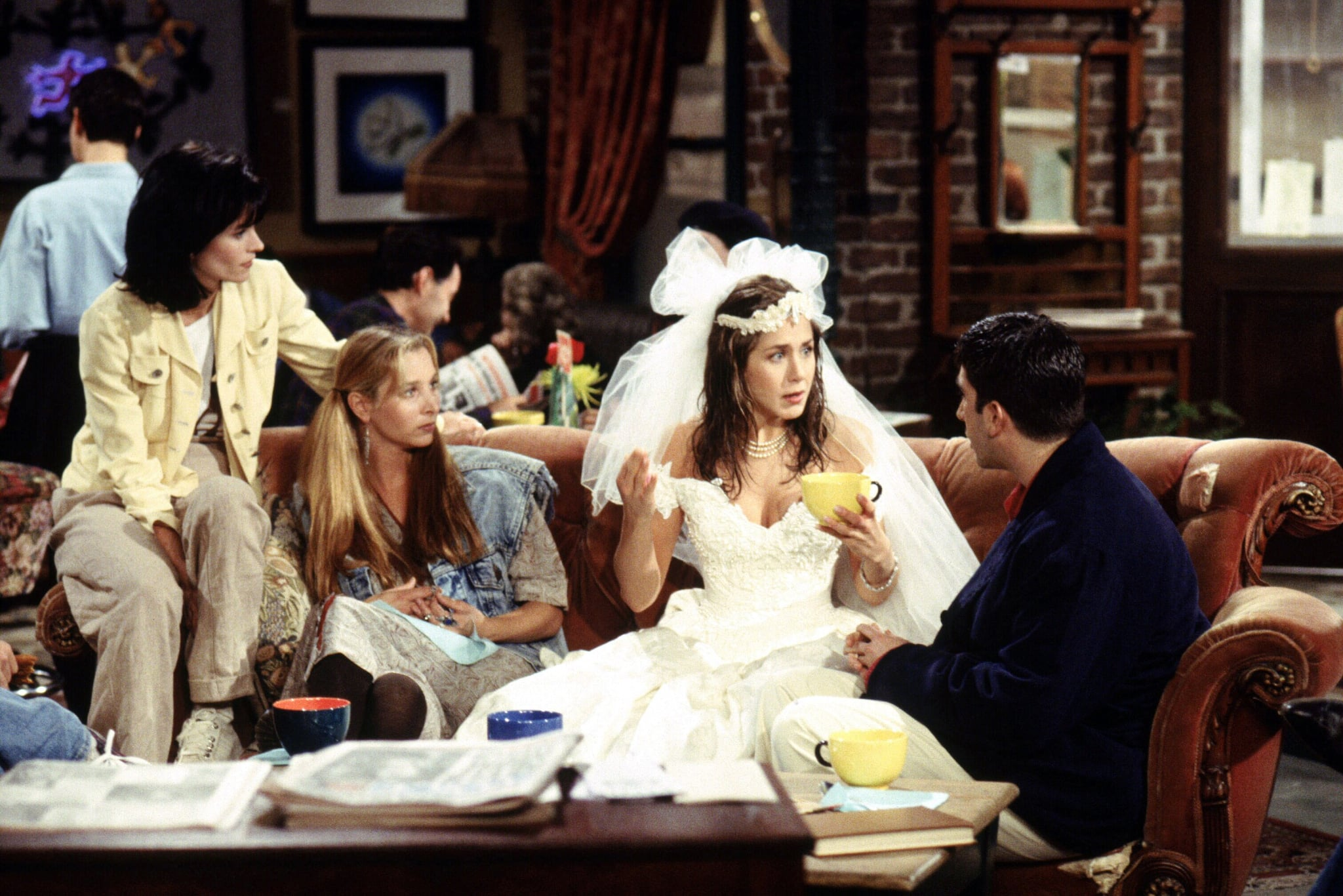 FRIENDS, (from left): Courteney Cox, Lisa Kudrow, Jennifer Aniston, David Schwimmer (back to camera), 'The One Where Monica Gets A Roommate', (Season 1, ep. 101, aired Sept. 22, 1994), 1994-2004. Warner Bros. / Courtesy: Everett Collection