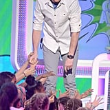 Cory Monteith mingled with fans at the 2013 Kids' Choice Awards.