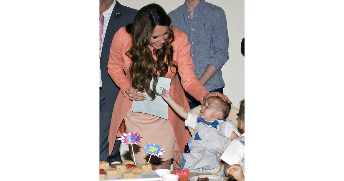 Kate Shared A Precious Moment With A Little Boy While