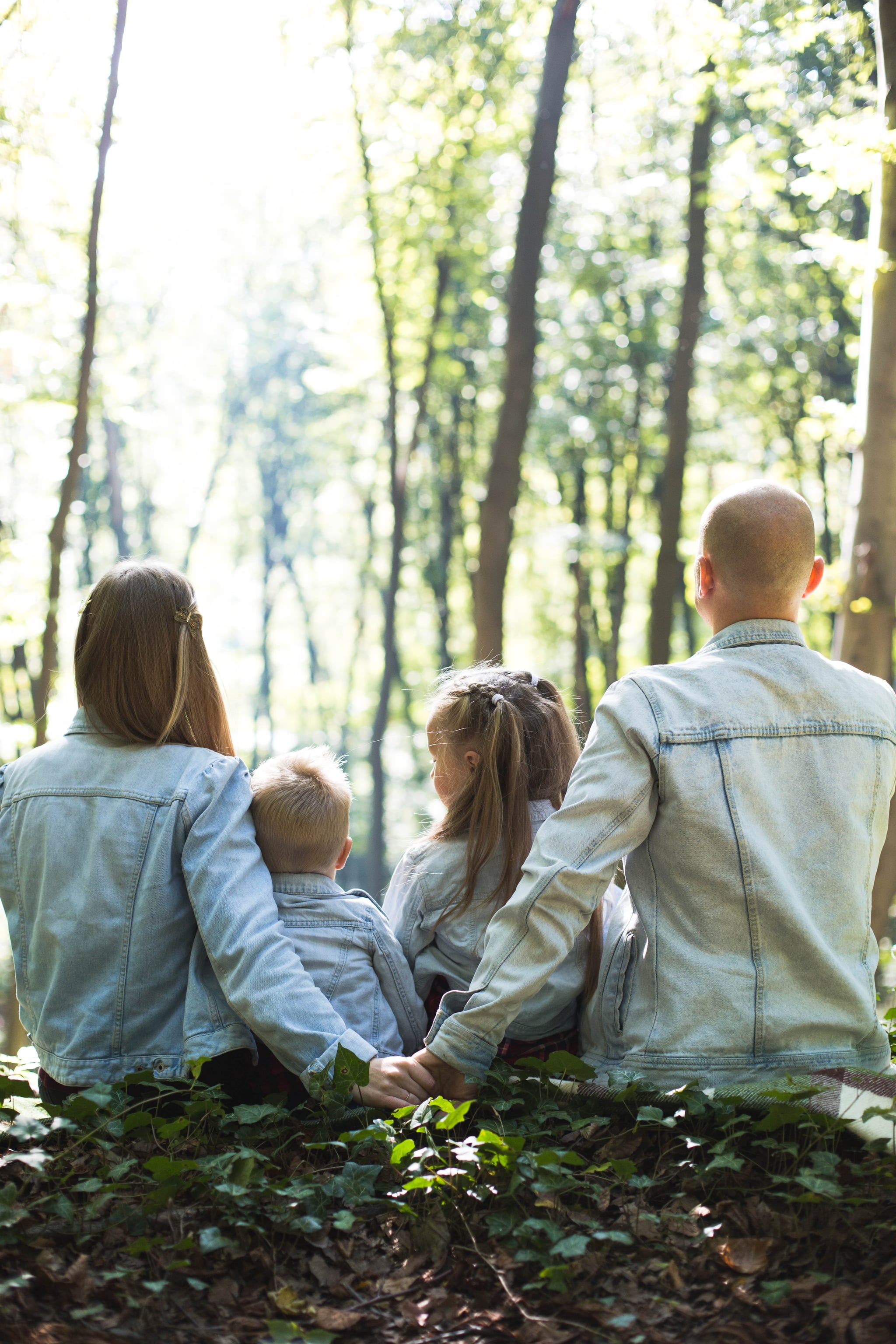 Should You Tell Your Kids You're in Marriage Counseling? A Licensed Psychologist Weighs In