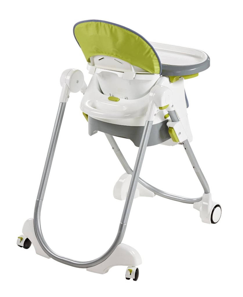 4-Wheel Frame With a handle in the back and a four-wheel base, it's easy to move the high chair throughout the room, one-handed. Easy-to-engage brakes on the back wheels help to secure the high chair in place.