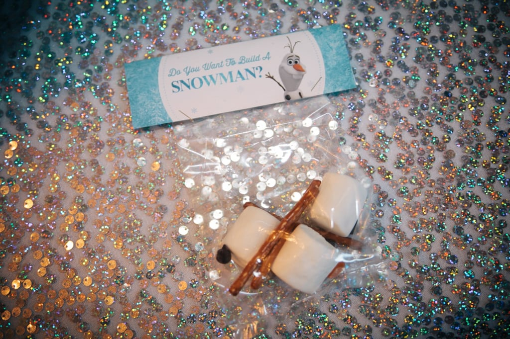 Each party favor included enough ingredients to make a delicious marshmallow snowman. How thoughtful!