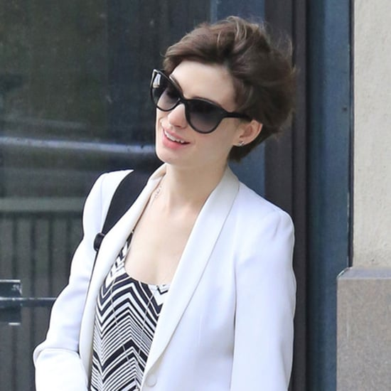 Anne Hathaway and Adam Shulman Fly to LA | Photos