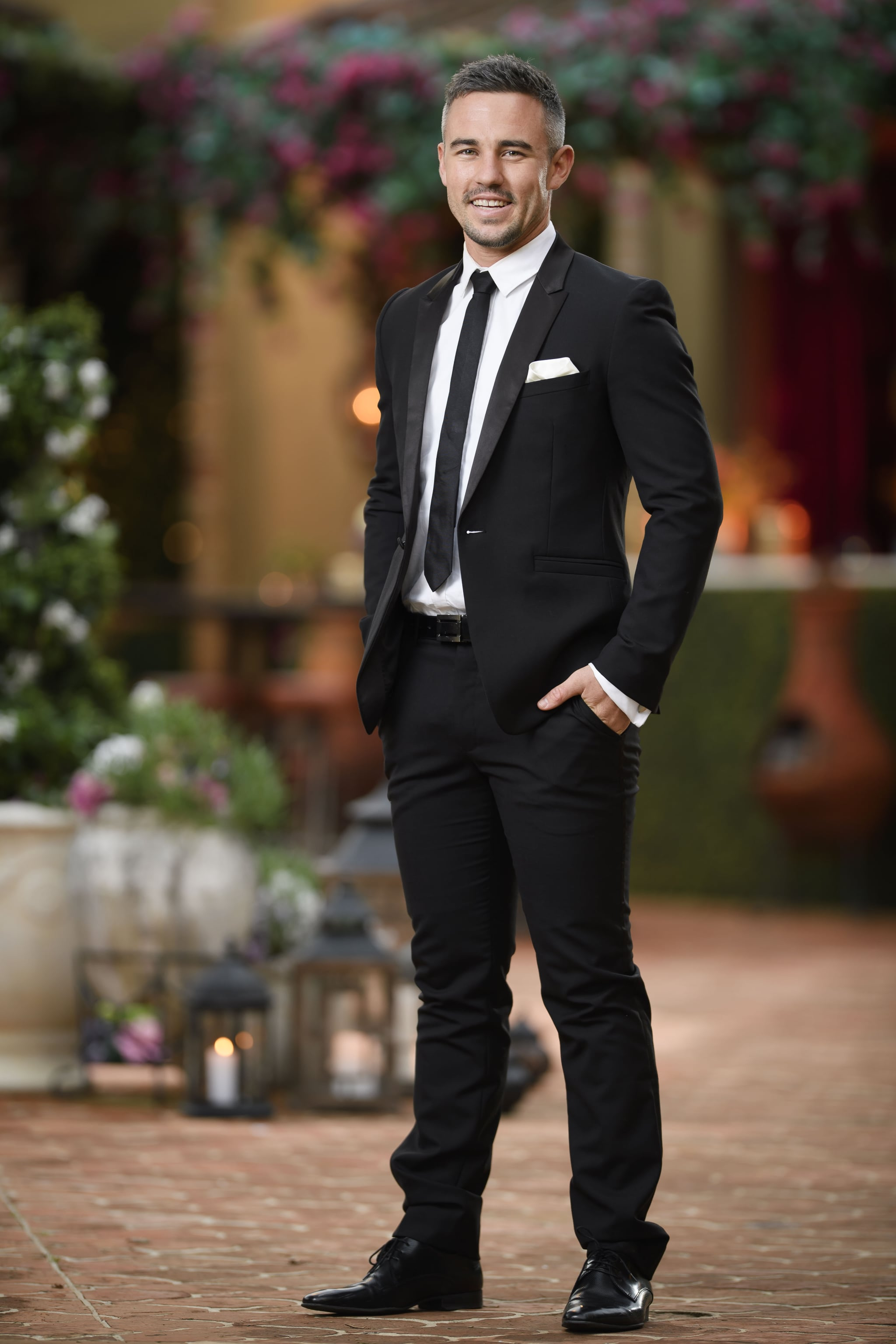 We Should Look Away From The Shocking 'Bachelor' Finale ...