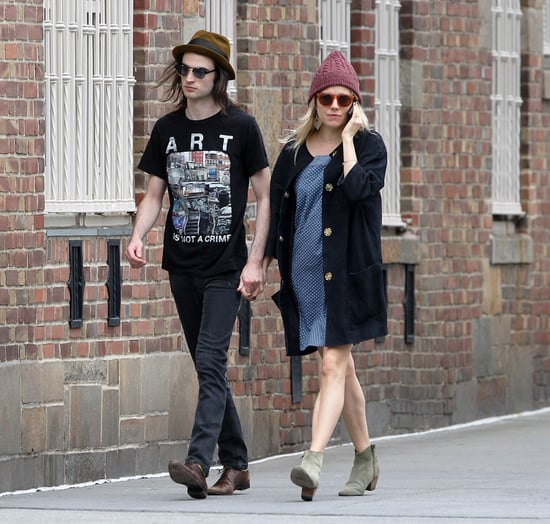 Sienna Miller and Tom Sturridge Holding Hands in NYC