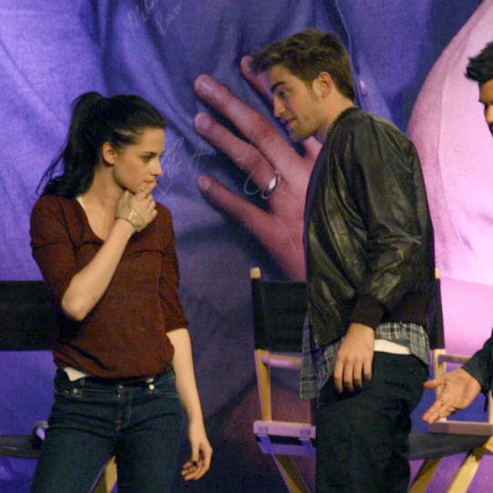 Robert Pattinson Kristen Stewart Cute Pictures at Twilight Fan Event