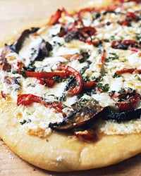 Fast & Easy Dinner: Portobello and Red-Pepper Pizza