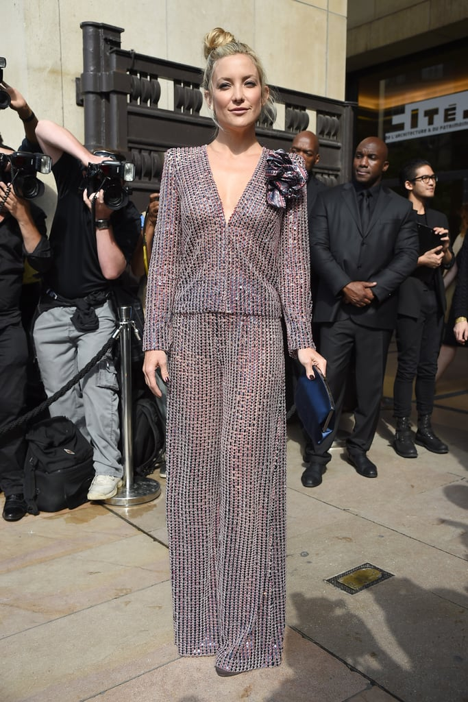 Kate Hudson struck a pose at the Giorgio Armani Privé show at Haute Couture Fashion Week in Paris on Tuesday.
