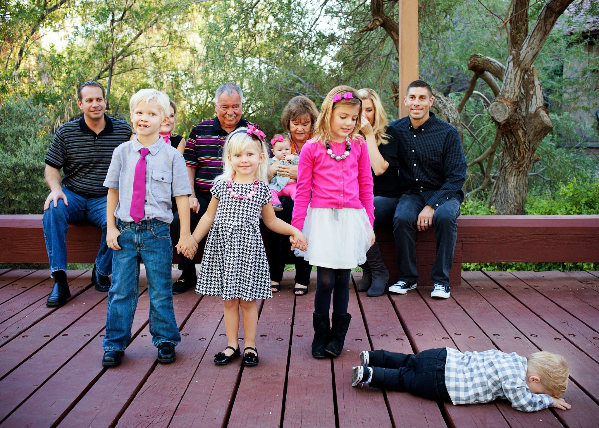 What I Learned When My Holiday Family Photos Went Horribly, Hysterically Wrong