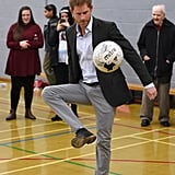 In March 2017, Harry tried his hand at volleyball during a visit to Pink Lizard's youth organization in England.