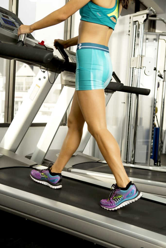 If you're looking for a quick cardio workout that does double duty for your  backside, try this 20-minute treadmill workout. The plan's incline  gradually ...