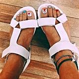 Fanged Feet