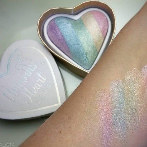 I Heart Makeup Unicorns Heart Rainbow Highlighter | Swatches