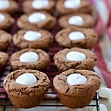 Hot Chocolate Cookie Cups With Marshmallow Creme