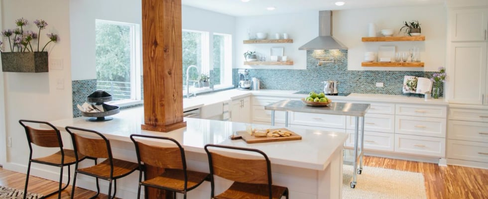 The Prettiest Farmhouse Kitchen Makeovers on Fixer Upper