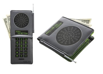 Cell Phone Wallet: Totally Geeky or Geek Chic?
