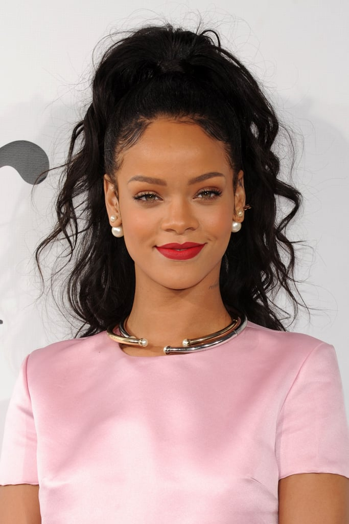 Rihanna Gives Us '90s R&B Realness With Her High Pony and Baby Hair