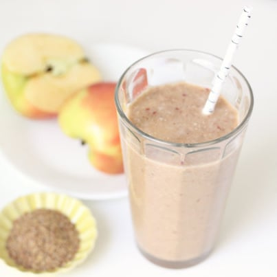 Seeds & Nuts: Apple Cinnamon Flax Smoothie