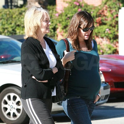 Jennifer Garner and Ben Affleck's Mom Out in LA
