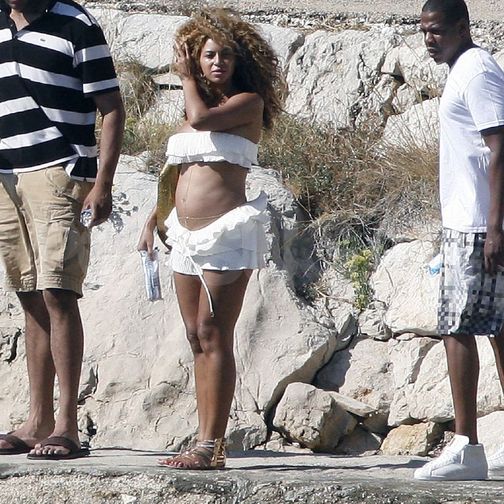Beyoncé Knowles in a bikini with Jay-Z.