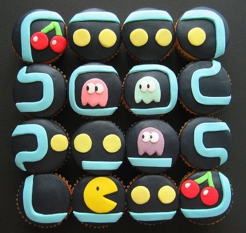 Edible Geek: Pacman Cupcakes