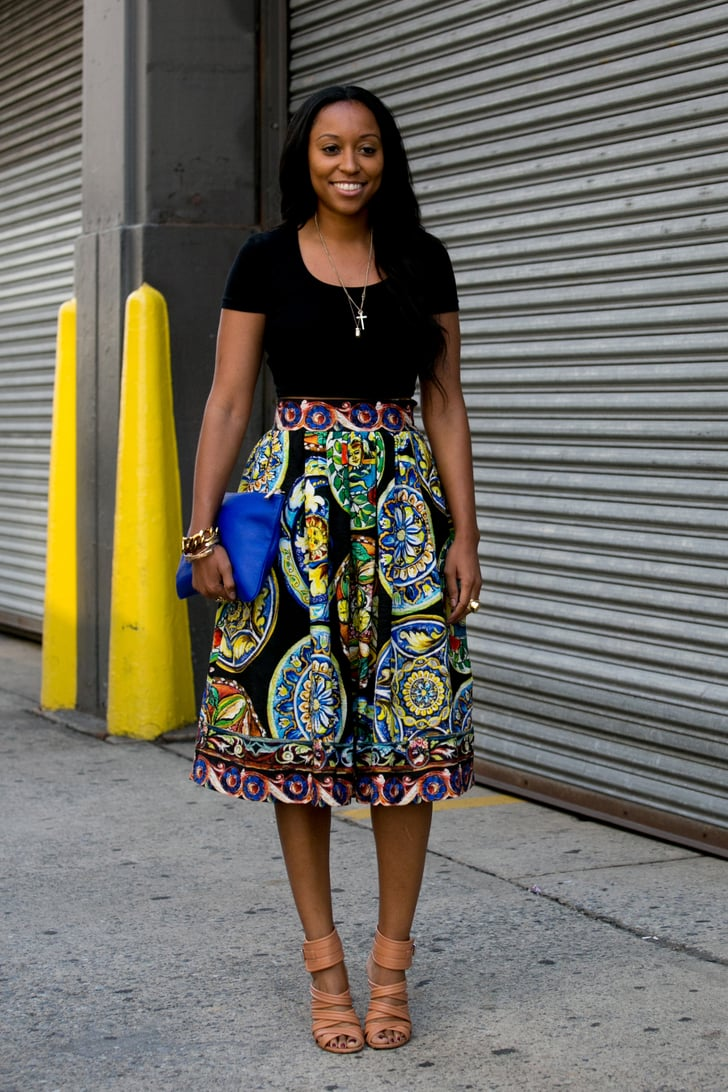 Shiona Turini pared down a bold full skirt with a t-shirt ...