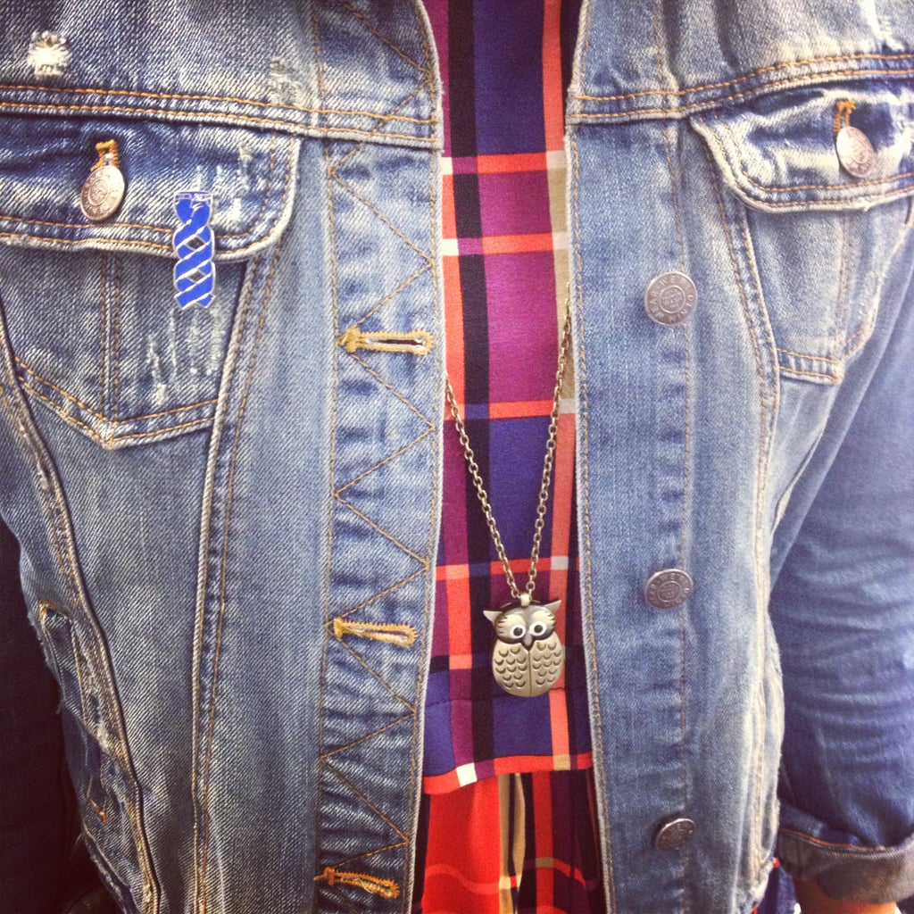 Jess took the top-end option today for Jeans for Genes day, rocking her trusty denim jacket and an adorable little badge. Show your support!