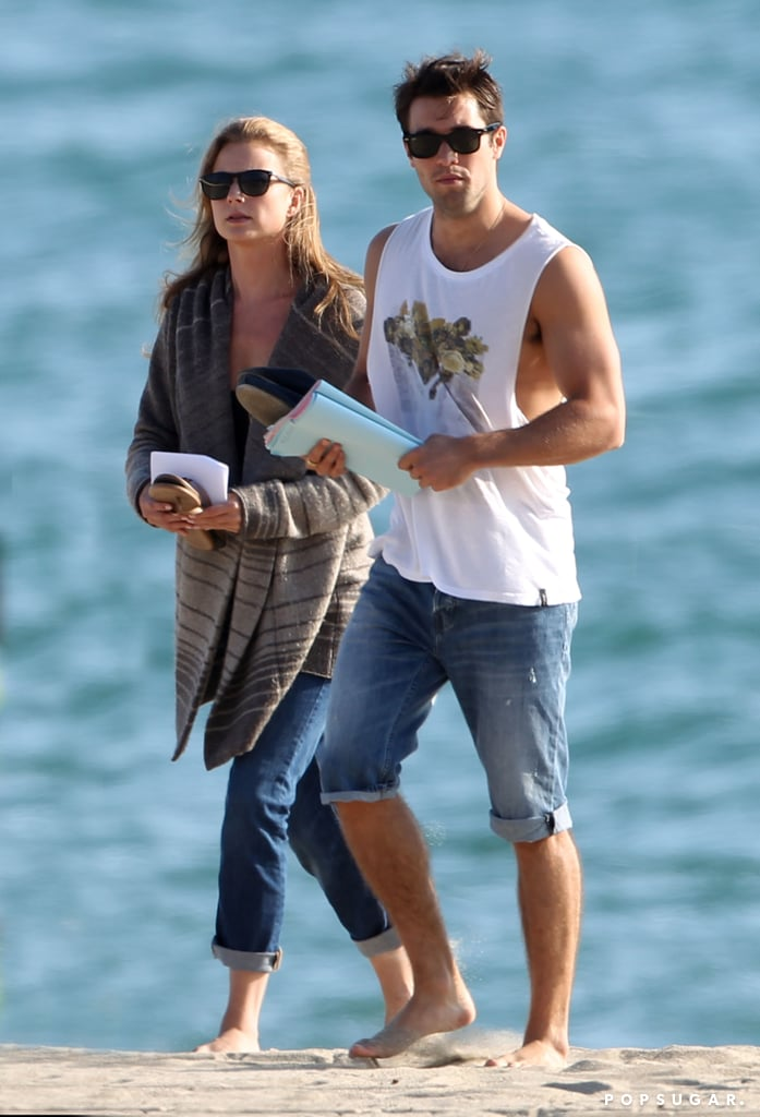 On and offscreen couple Emily VanCamp and Joshua Bowman ...
