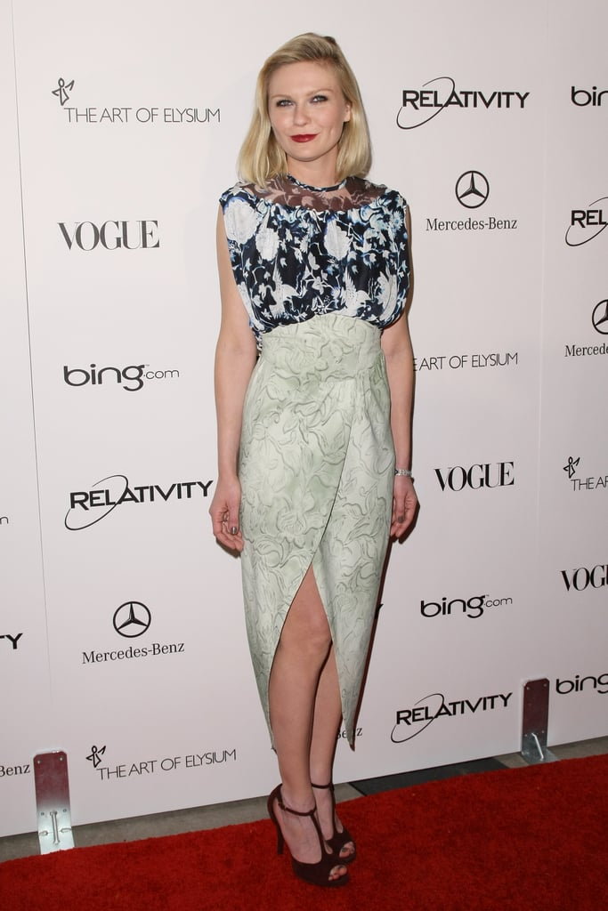 As a close friend and muse of the Rodarte girls, Kirsten is often spotted wearing their designs. To this point, she stepped out in this Asian-inspired frock for the Art of Elysium Heaven gala in 2011.