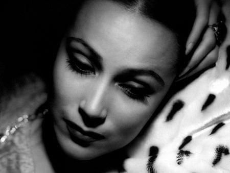 Dolores Del Rio, Beauty Icon