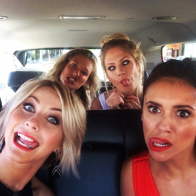 """Julianne Hough turned the VMAs into a ladies-only """"date night""""!"""