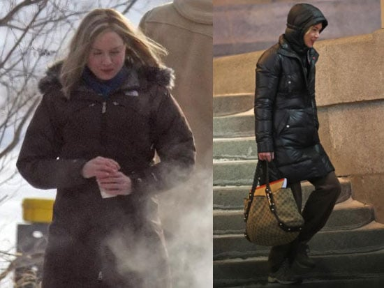 Renée Zellweger Needs Some Mittens