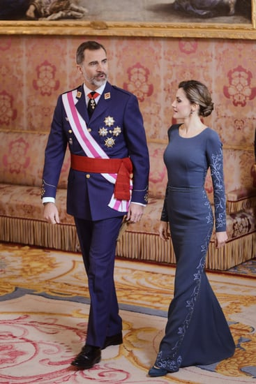 latinaQueen-Letizia-Felipe-Varela-Gown-January-2017